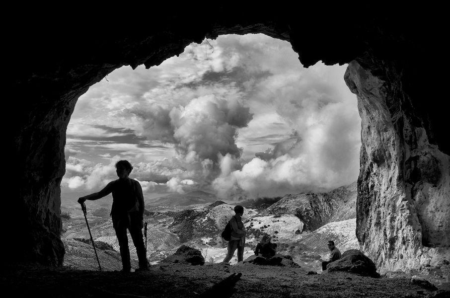 """""""Hemos llegado""""(cueva del Morrión) Pico Tiñosa"""