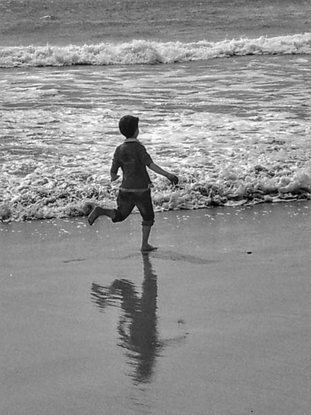 Corre más que tú sombra