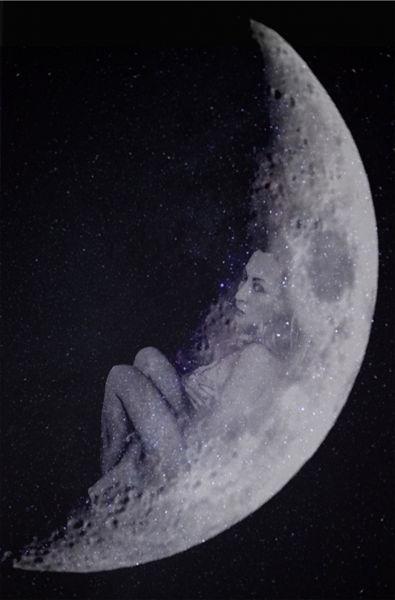 La luna está enamorada