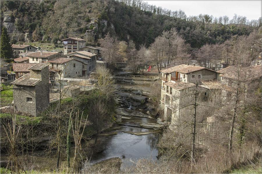 Rupit pueblo medieval GERONA