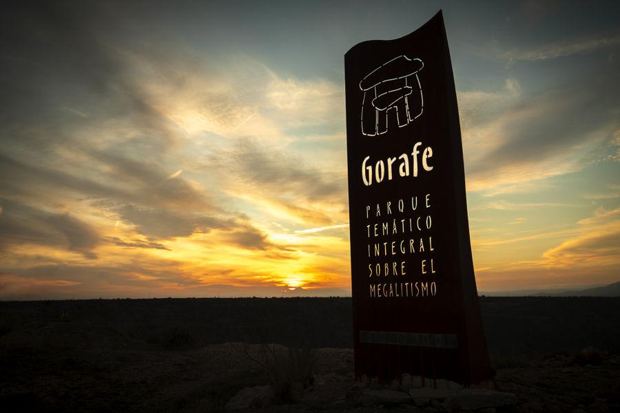 Puesta de sol sobre el Parque Megalítico de Gorafe
