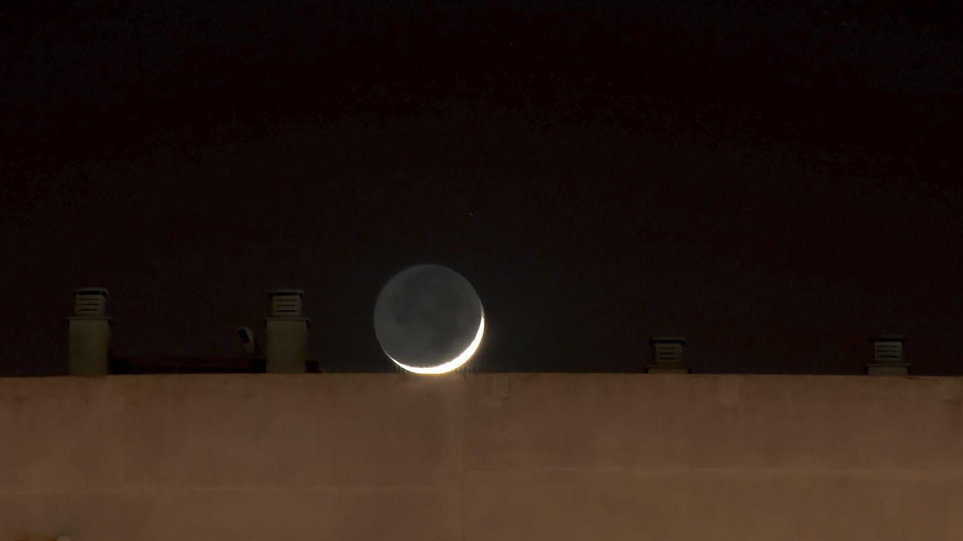 La Luna va a casa.