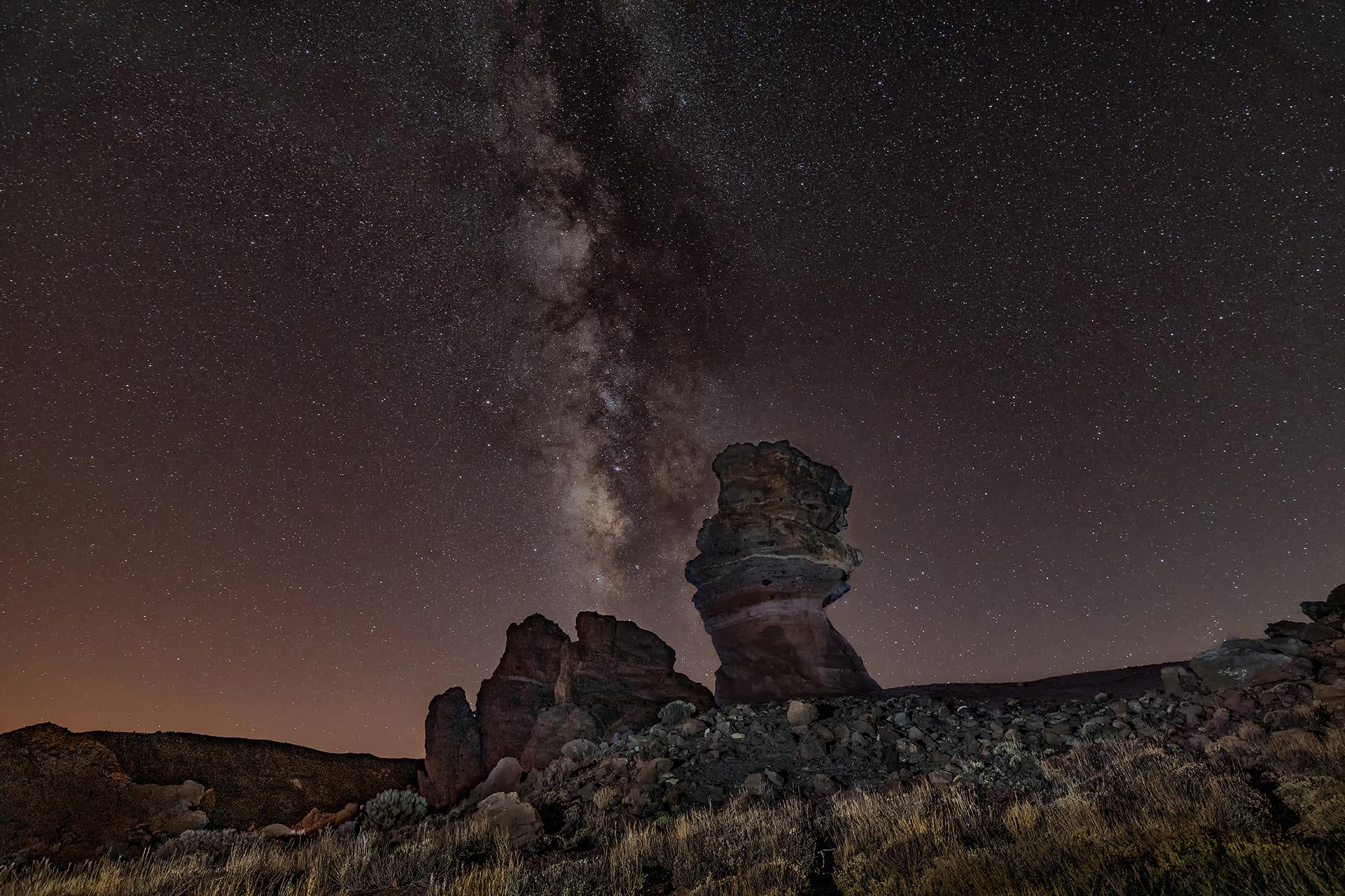 Vía Láctea sobre el Roque Cinchado