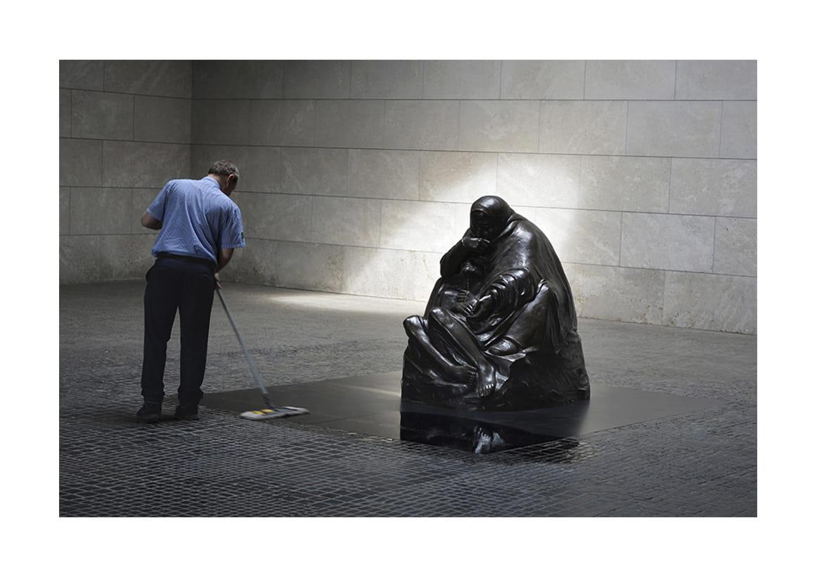 El cuidador. La Piedad de Kollwitz - Berlín