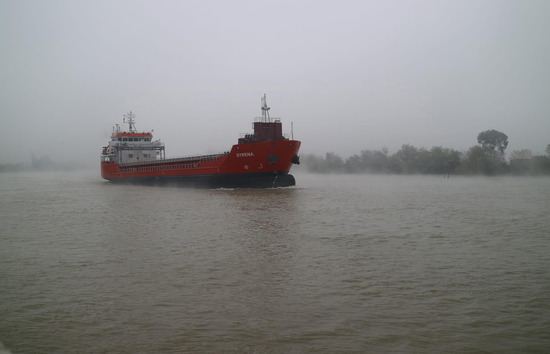 Niebla en el rio.