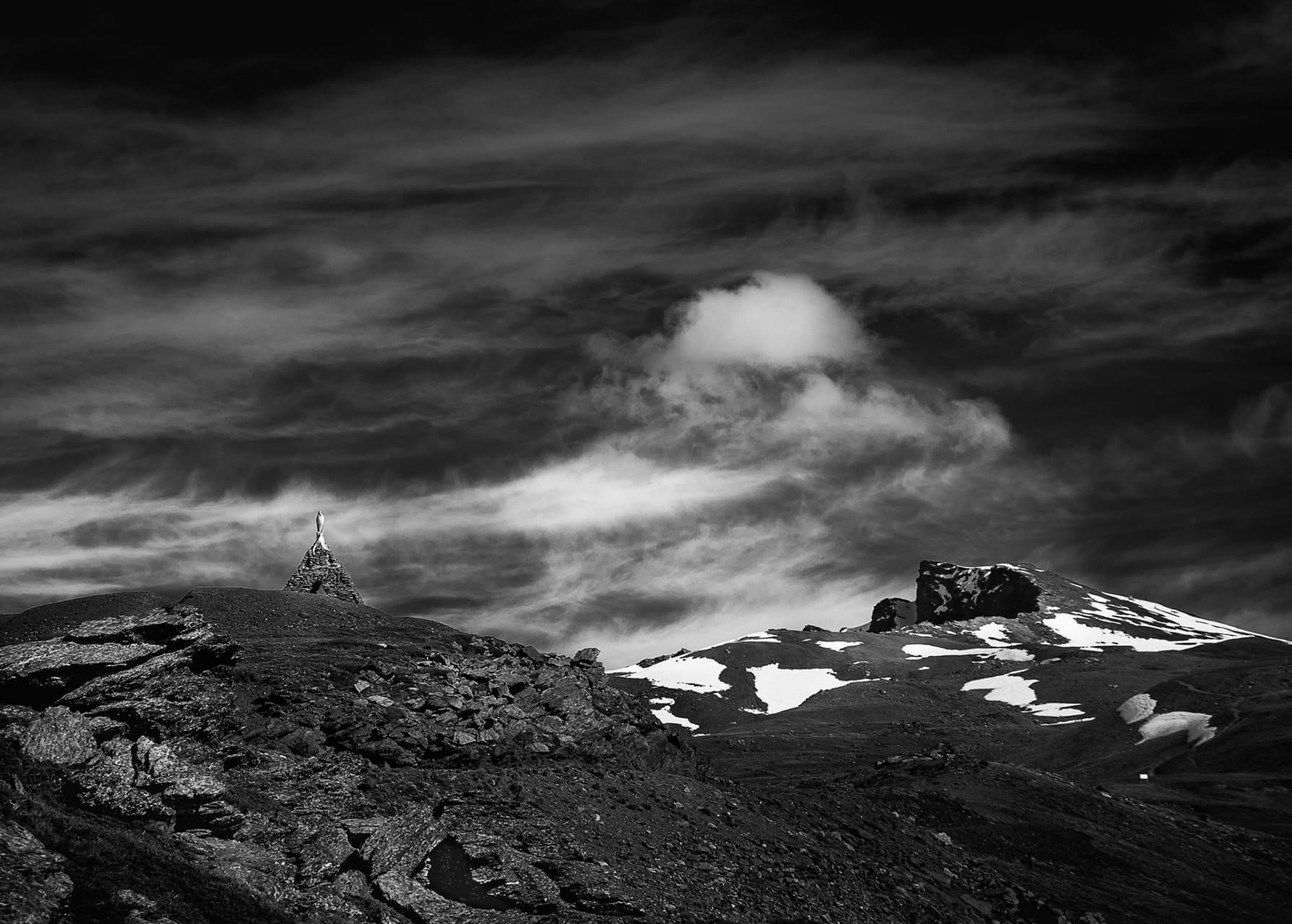 Sierra Nevada y su Virgen de las Nieves