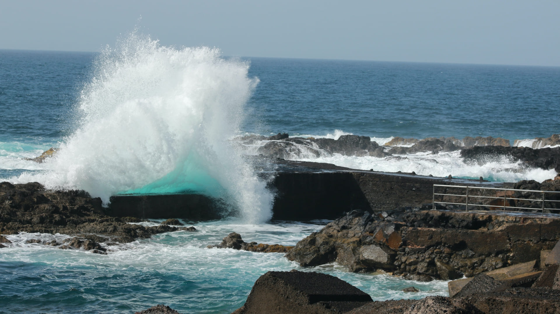 La belleza del mar furioso