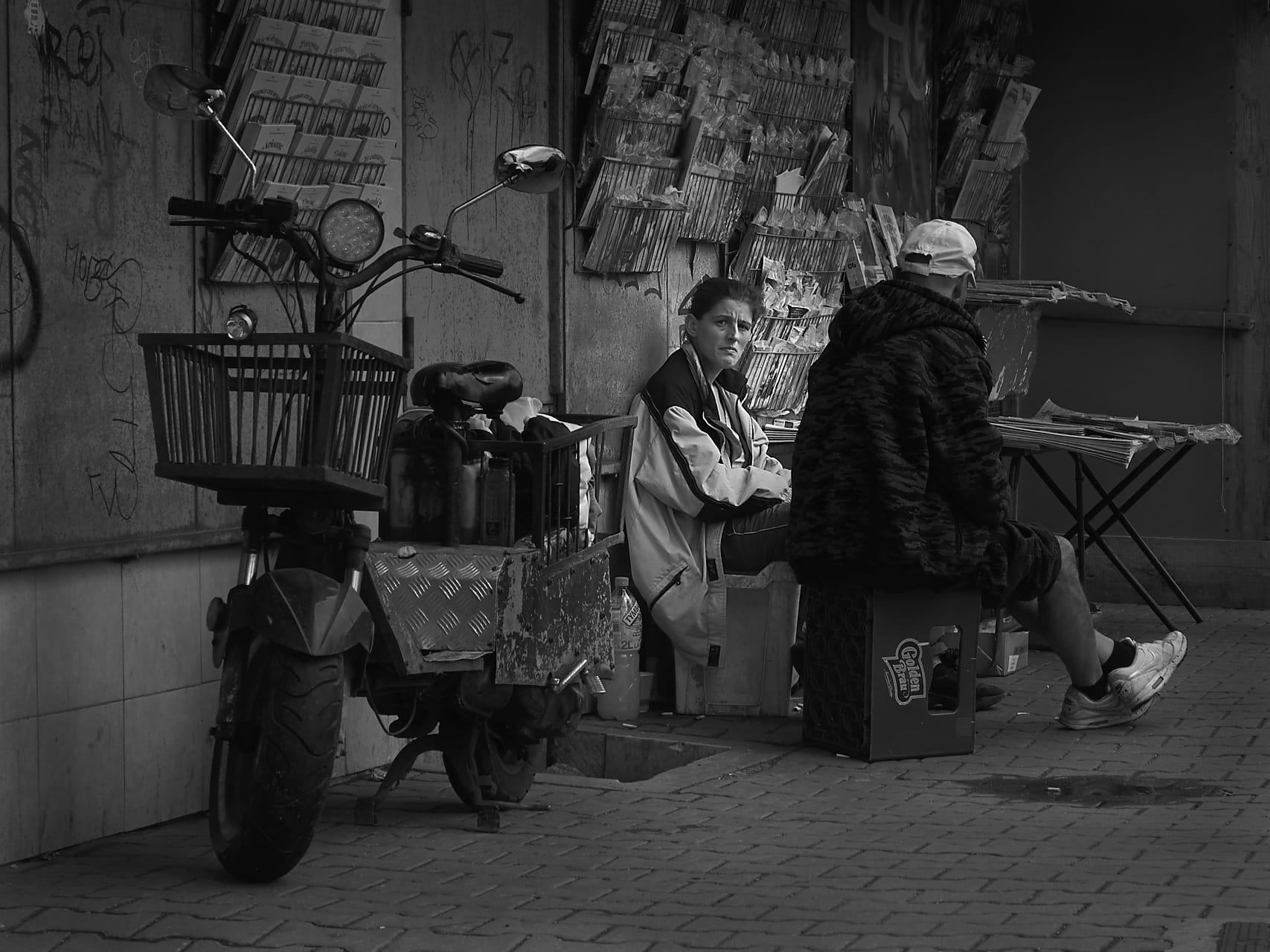 La vendedora de periódicos