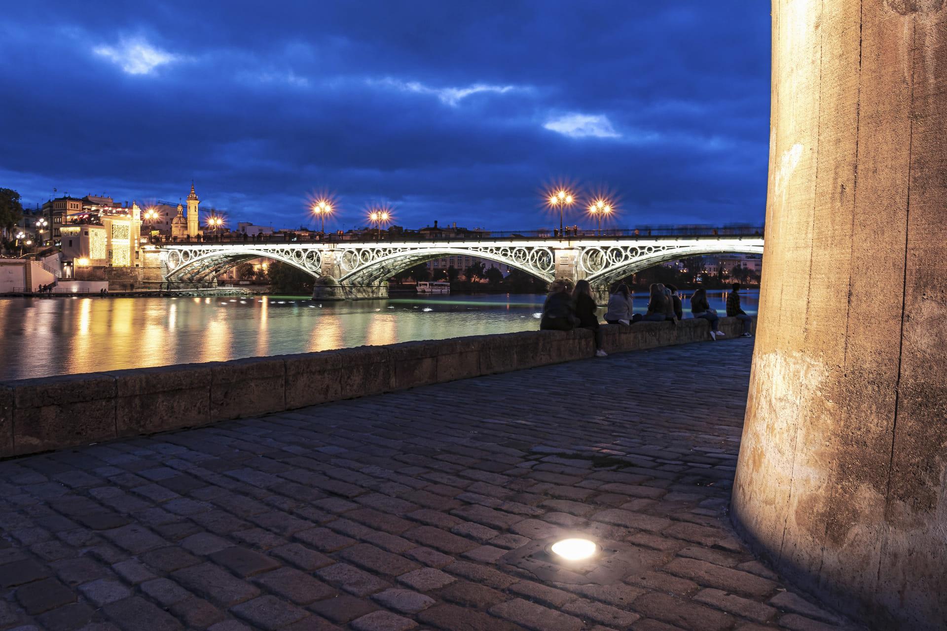 Sevilla con Triana.