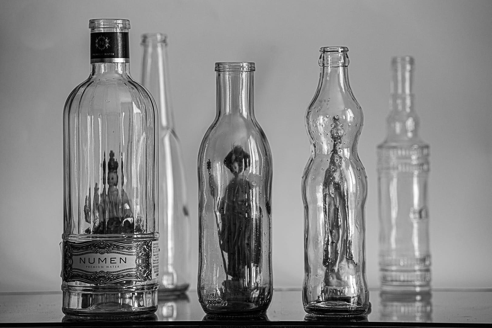 Santos en botella