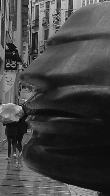 Un beso bajo la lluvia
