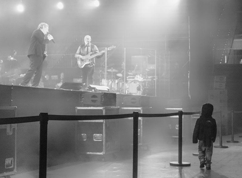 El niño y el viejo rockero