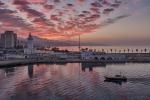 Amanece en el puerto de Málaga