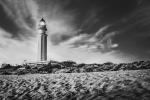 Faro Trafalgar, luces y sombras
