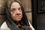 retrato mujer en la calle