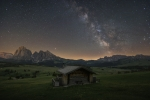 Noche de estrellas en las montañas.