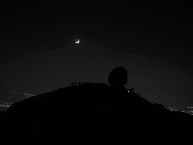 Escuchando La Luna