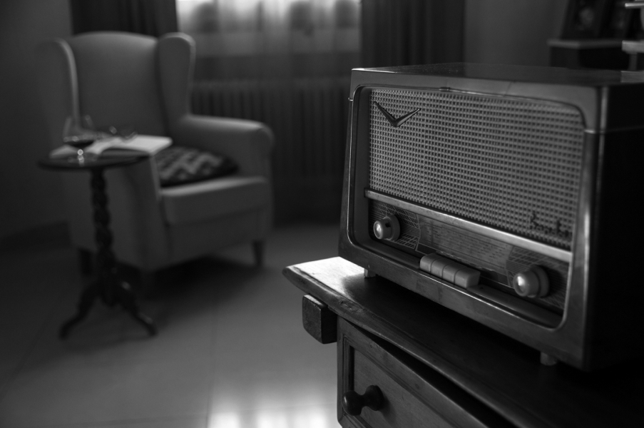 MOMENTO RADIO