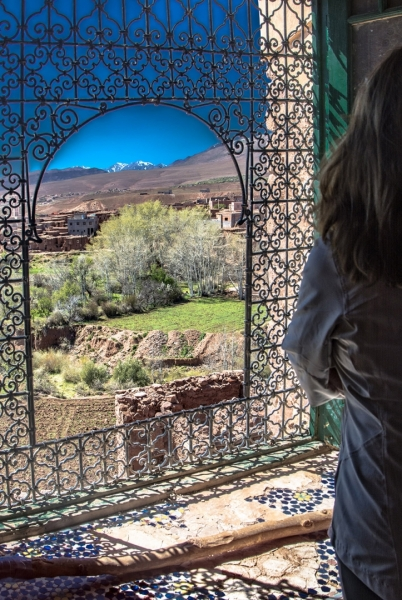 Mirada desde la ventana. Kassbahs. Marruecos.